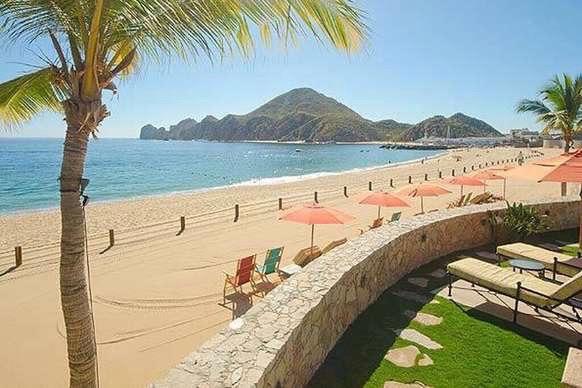 A view of Medano beach from Hacienda