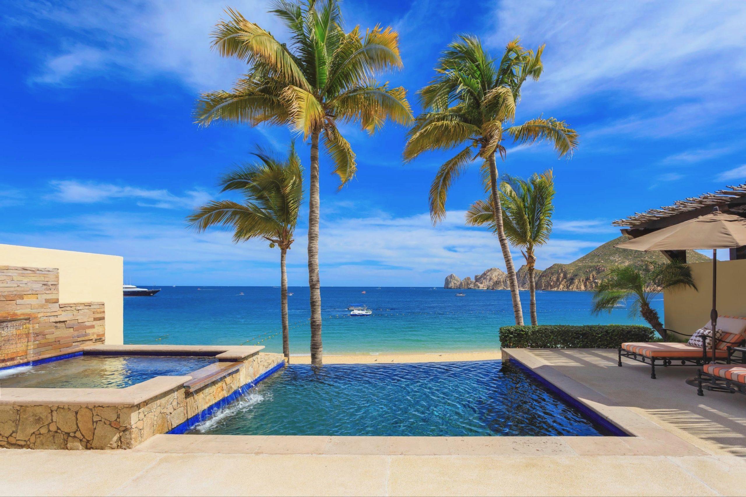 A view of Medano beach from a villa in Hacienda